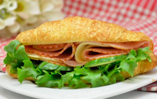 Singi-juustu-croissant